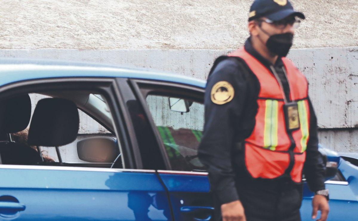 Matan a mujer y choca su auto en pleno Viaducto de CDMX, cuando el tráfico estaba pesado