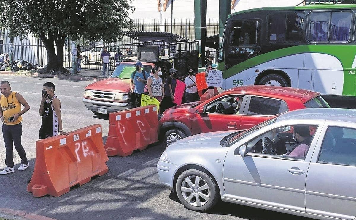 Tras semanas sin agua, habitantes de Cuerna realizan varios bloqueos en la ciudad