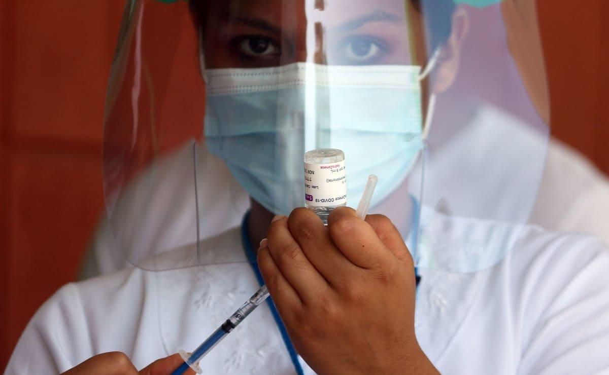 Variante Lambda de Covid-19 evade efecto protector de vacunas, según estudio