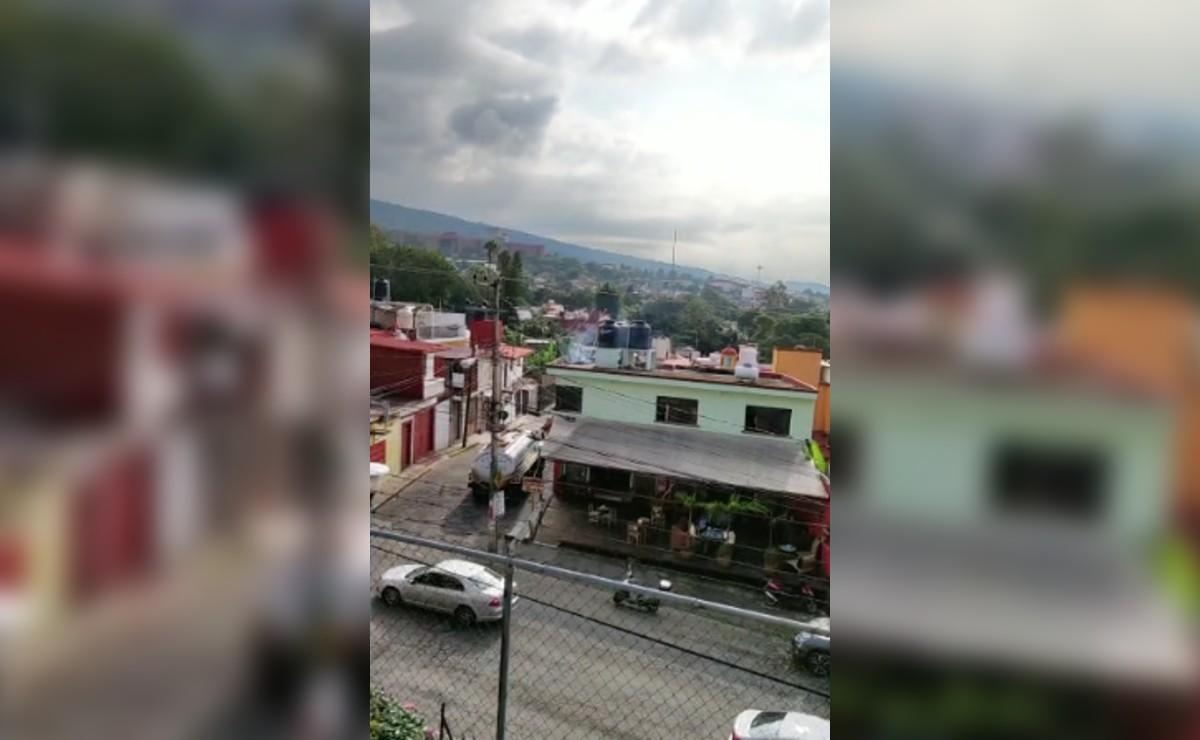 Video capta a hombre electrocutándose en Cuernavaca, subió a su azotea a meter manguera