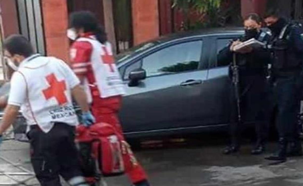Automovilista plomea a lavacoches que insistió en limpiar su camioneta, en Culiacán