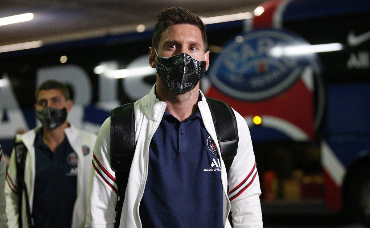 Lionel Messi hace su debut con el PSG