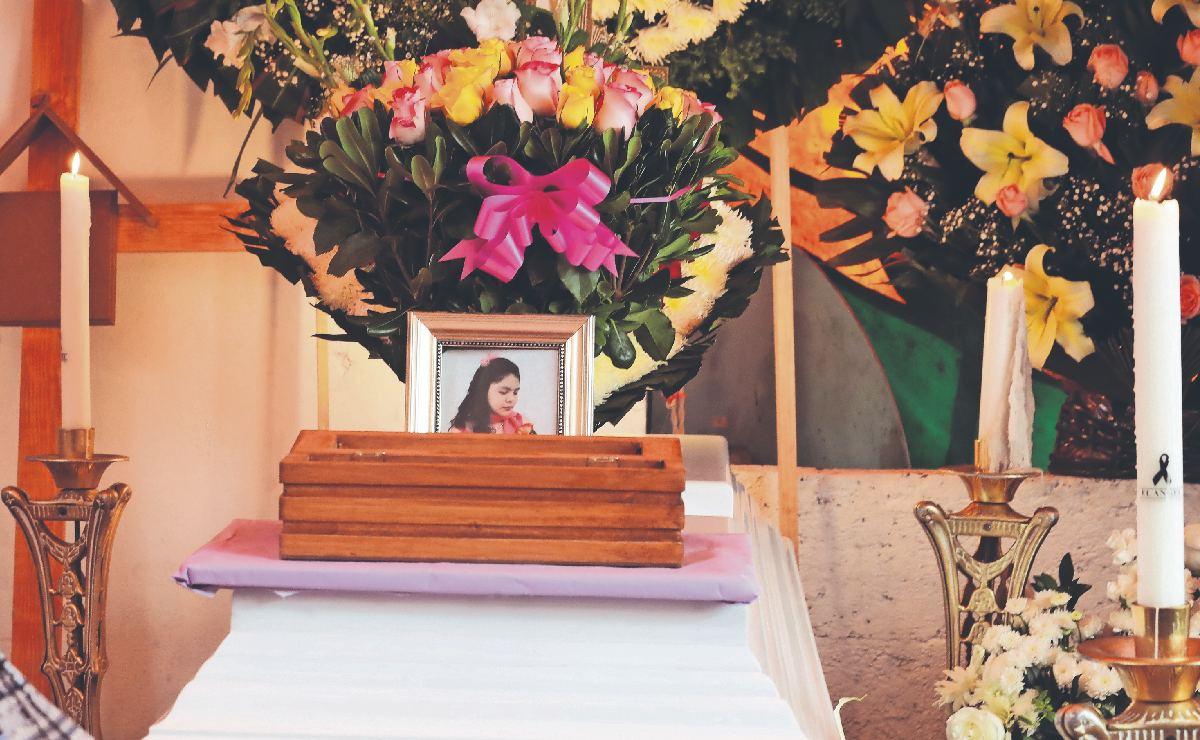 Le dan último adiós a joven arrastrada de Edomex a Hidalgo, padre reclama por inundaciones