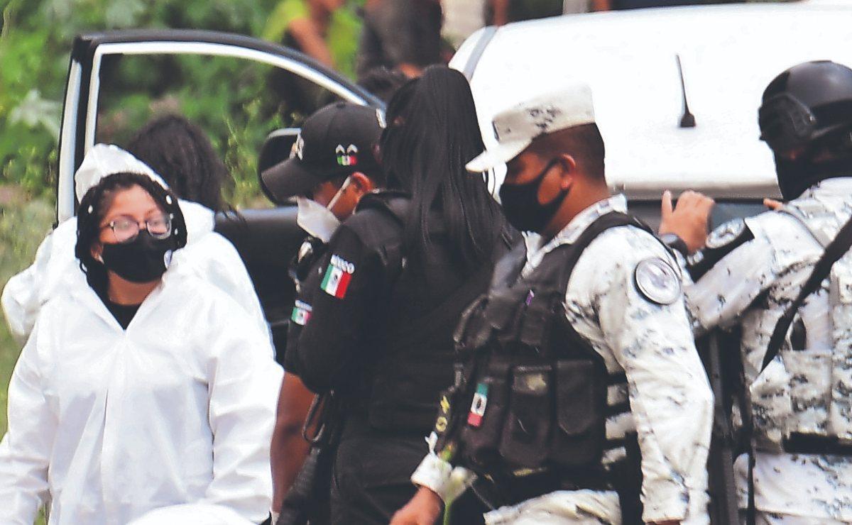 Automovilista intentó huir de asaltantes pero lo acanzaron y lo balearon, en Ecatepec