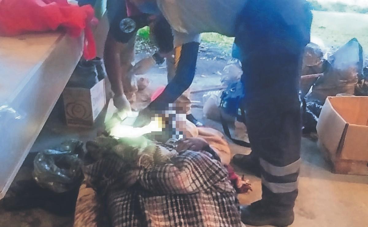 Albañil borracho se queda dormido y muere en Morelos, sus compas explican qué le pasó