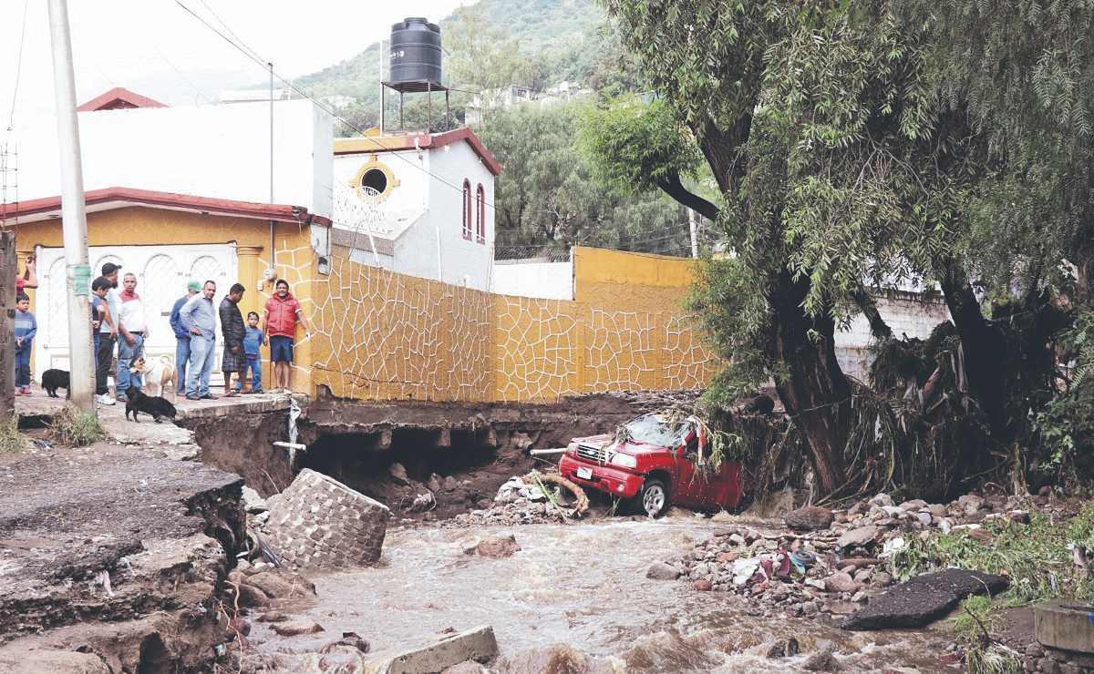 Vecinos sostienen que desborde de canales causó la inundación en Ecatepec