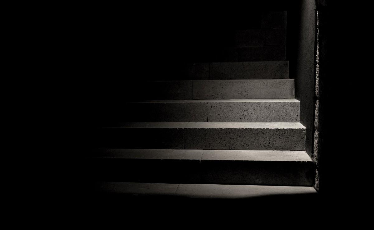 Señor se emborracha, sube sus escaleras y muere en segundos en Cuernavaca