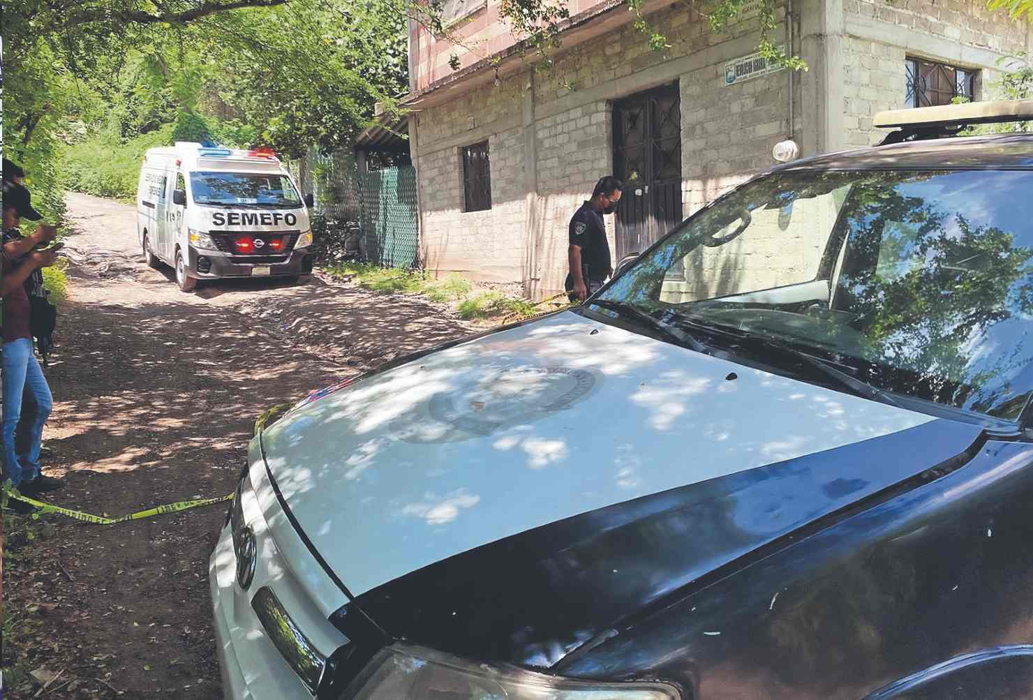 Vecinos de Morelos hallan cadáver de hombre baleado en camino de terracería