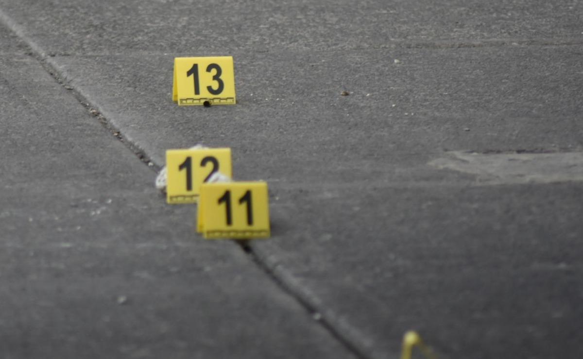 Asesinan a balazos a un expolicía municipal frente a su casa, en Nezahualcóyotl