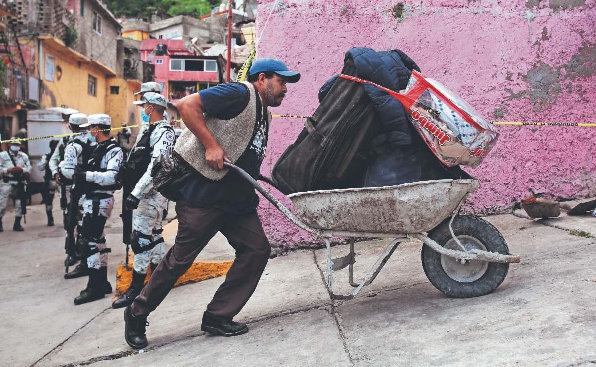 Damnificados por deslave en el Cerro del Chiquihuite se niegan a abandonar su patrimonio