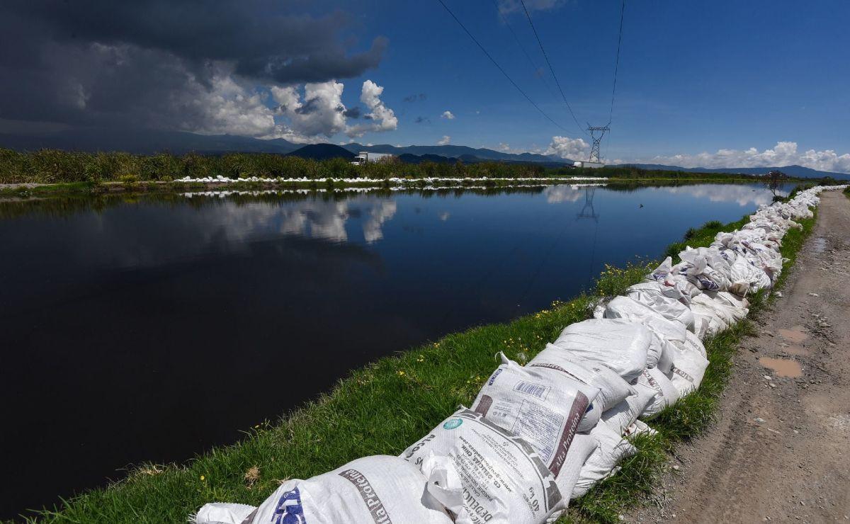 Familias viven a la orilla del peligroso Río Lerma, pero no por gusto sino por la pobreza
