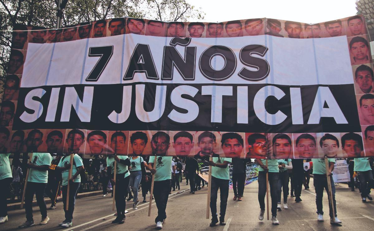 Después de 7 años, familiares de los 43 de Ayotzinapa no ven avance en el caso