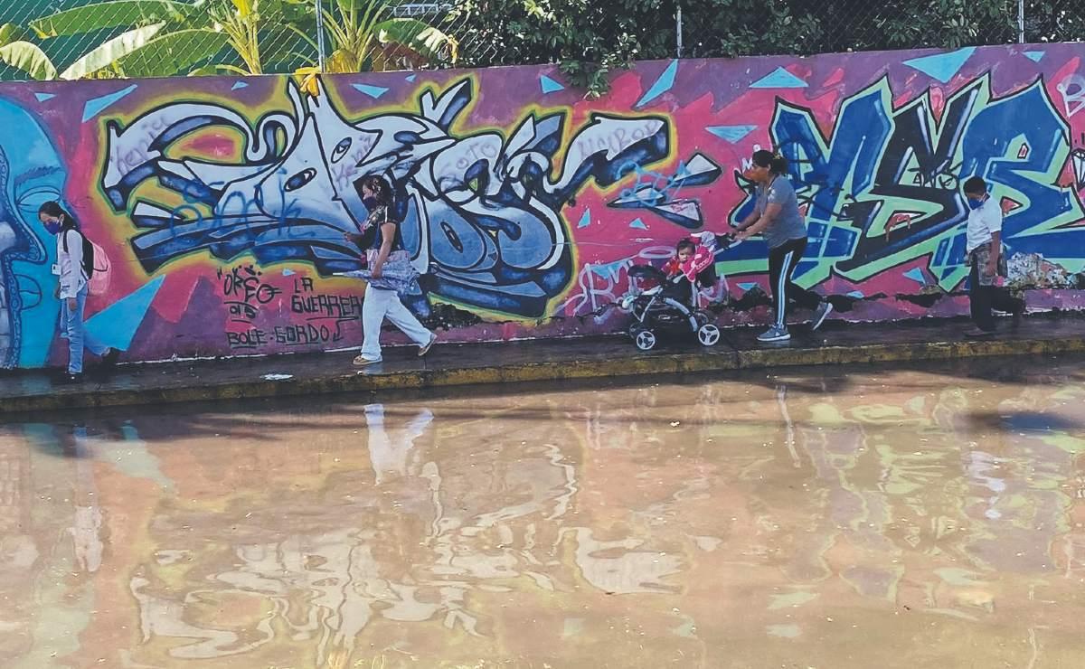 Lluvias torrenciales continúan llenando laguna peligrosa en Morelos