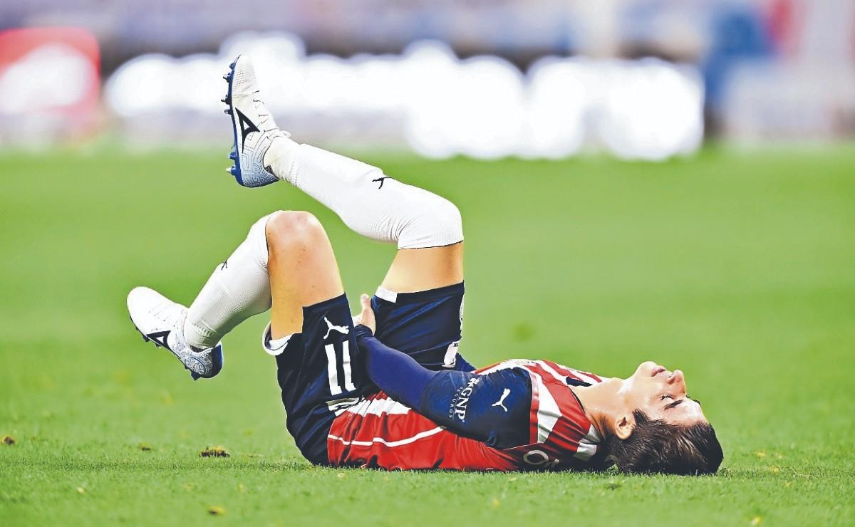Por lesión muscular, Chivas informa que Isaác Brizuela no jugará por 28 días