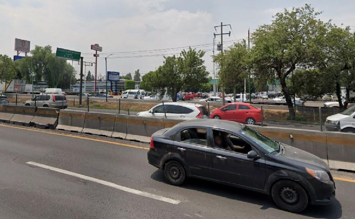 Tiran cadáver con una bala en el pecho sobre la México-Querétaro, en el Edomex