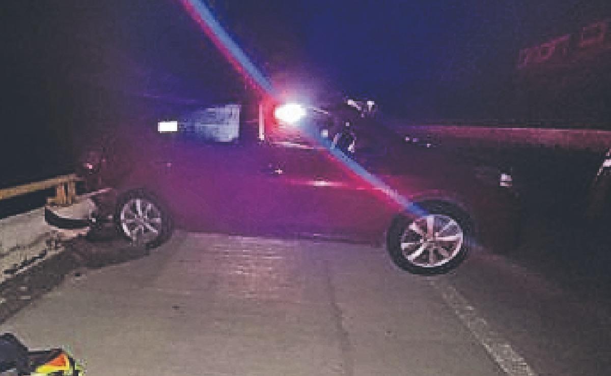Muere director de la Policía de Tránsito municipal al caer del Paso Exprés, iba a toda velocidad