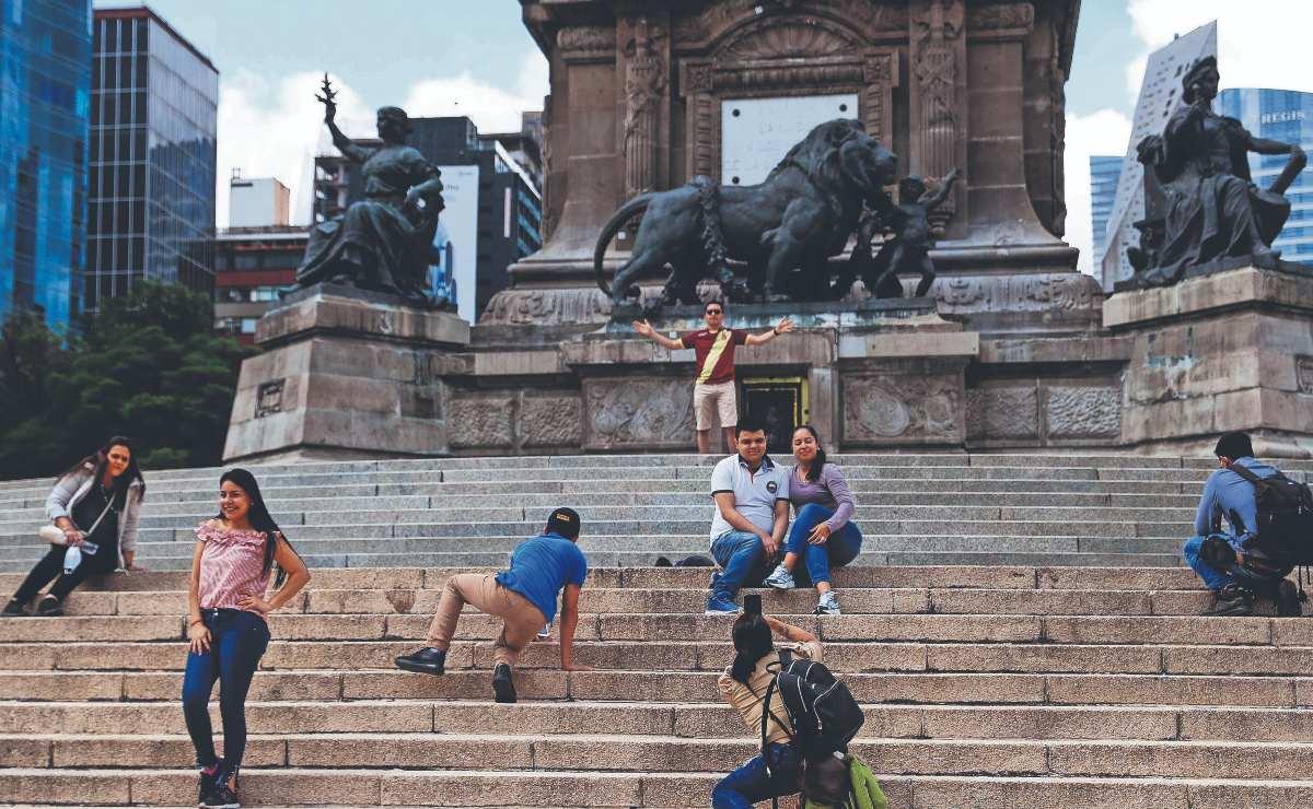 Diputado de Morena propone trabajo comunitario para los que dañen monumentos de la CDMX
