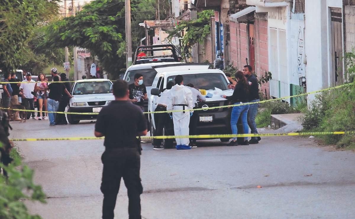 Motosicarios balean a hombre dentro de bar en Morelos, van tres muertos en misma avenida
