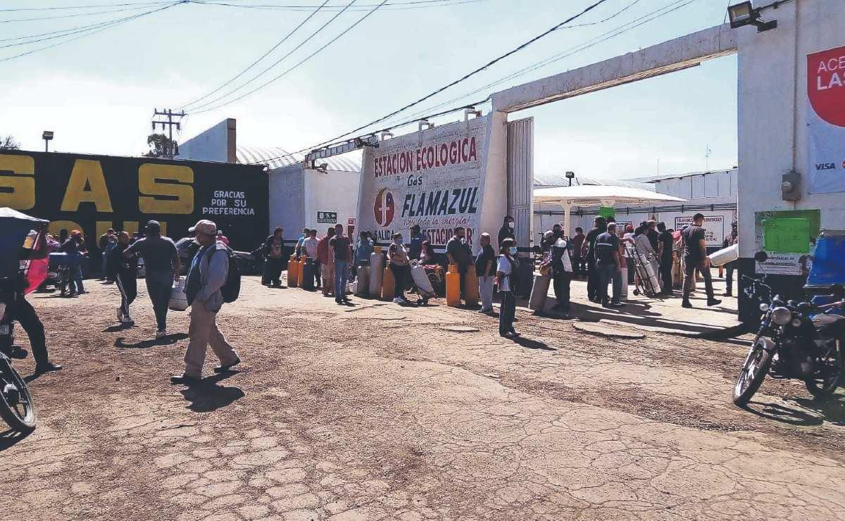 Vecinos reportan escasez de gas LP al oriente del Valle de México