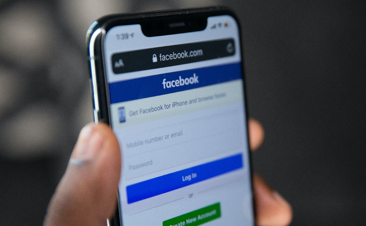 """Periodistas y activistas serán considerados figuras públicas """"involuntarias"""" en Facebook"""