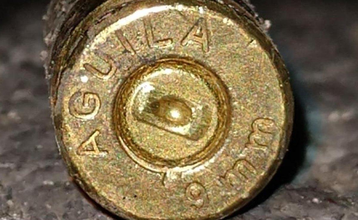 Asesinan a balazos a una mujer que al parecer vendía drogas, en punto rojo del Edomex