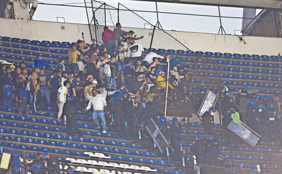 A pesar de la violencia, Liga MX no planea prohibir las barras en los partidos de futbol