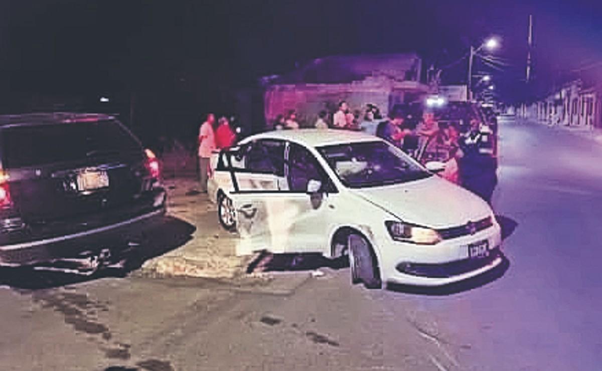 Policías de Morelos persiguen a sicarios que balearon a 2 hombres dentro de una casa
