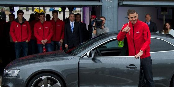 Benzema no podrá conducir automóviles prácticamente en todo el año