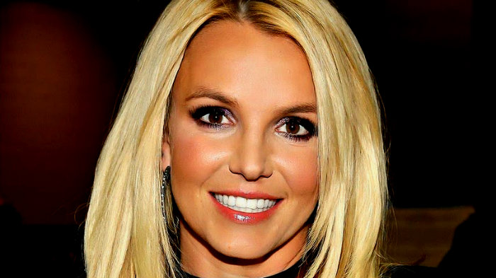 Britney Spears ocupa la voz de alguien más en sus discos