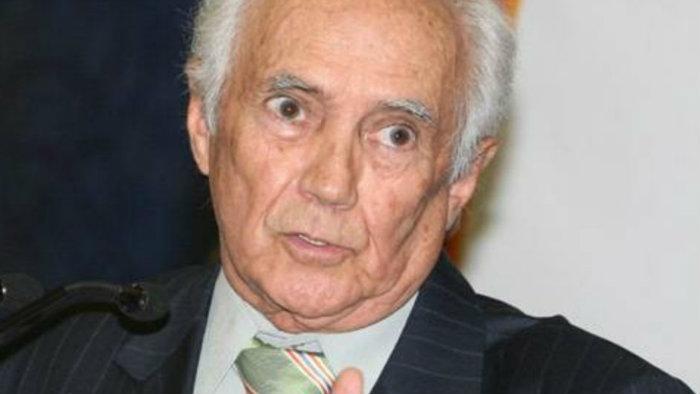 Jorge Arvizu, El Tata