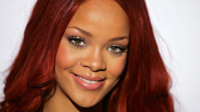 Rihanna protagoniza nuevo video sexy
