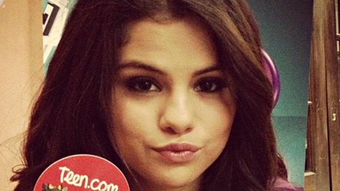 Nuevo escándalo de Selena Gomez ¡apareció desnuda!