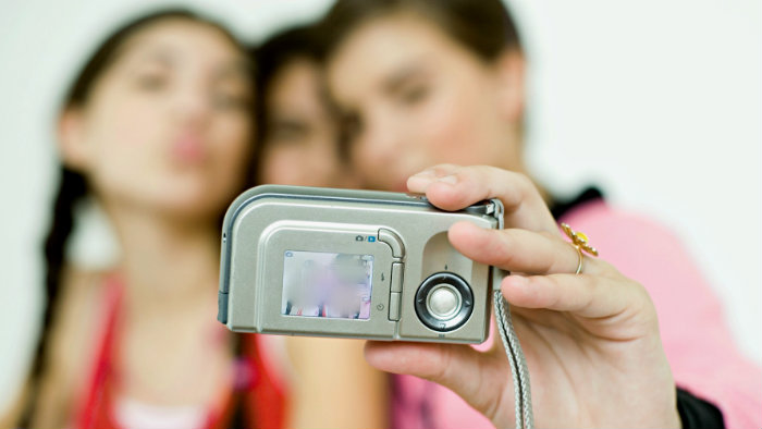Jovencita es acusada por publicar selfies sugerentes en Twitter