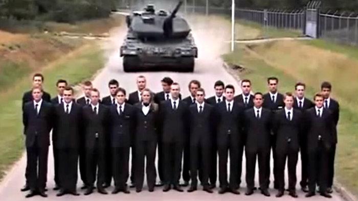 Frenos de un tanque a prueba con barrera humana