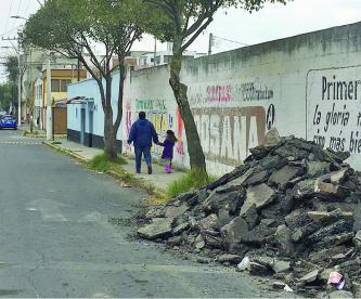 reparación, olvidan montalas de asfalto, Toluca