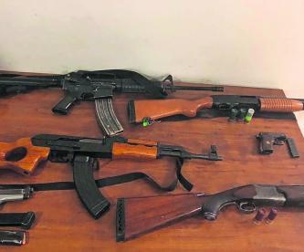 posesión de armas de grueso calibre droga puestos en libertad Juez Libera 17 sujetos