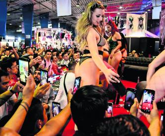 Primer día Expo Sexo y Erotismo 2019