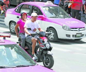 Operativos Motociclistas CDMX Chaleco Casco Rotulado