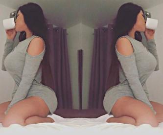 Suzy Cortez olvida ponerse tradicional tanga foto