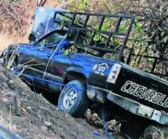 automovilista volante trabado falla mecánica carretera morelos accidente