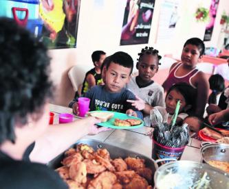 Menores migrantes esperan asilo en Estados Unidos