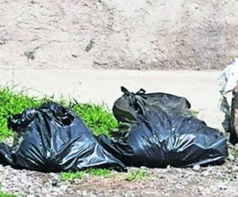 Abandonan en bolsas negras los restos de un hombre descuartizado en Chalco