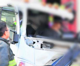conductor grúa gruyero muere prensado cabina vehículo accidente roma sur