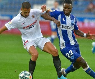 Chicharito debutó con el Sevilla