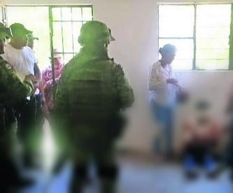 vecinos intentan linchar golpiza secuestradores secuestro comerciante policía víctima escapa morelos