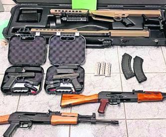 Detienen en Sonora a joven de 14 años con armas de alto calibre y cartuchos