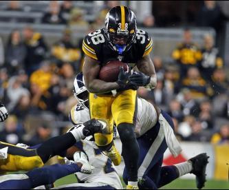 Steelers derrota a Rams con poderío defensivo