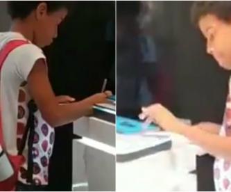 niño conmueve lo graban tienda samsung hace su tarea tablet de exhibición tableta lo buscan brasil