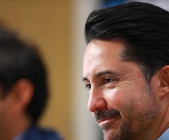 Yon De Luisa en conferencia de prensa