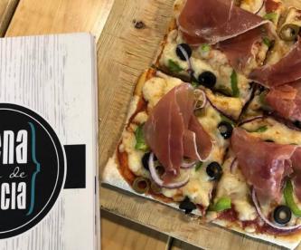 Pizzas que te harán caer en los siete pecados